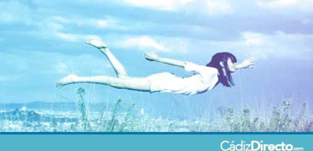 Soñar con volar sola o con alguien
