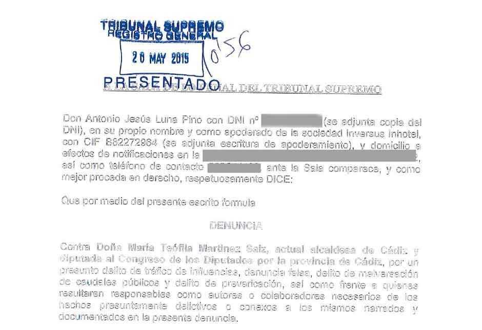 Primera hoja de la denuncia presentada en el TS contra Teófila Martínez.