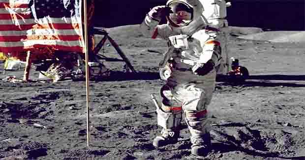 Neil Armstrong, la primera persona en pisar la Luna y las experiencias de la misión 'Apolo 11'