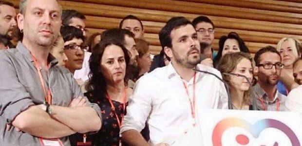 Alberto Garzón se lleva a un joven de Conil para su ejecutiva en Madrid